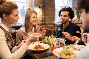 Types of Restaurants to Try to have a Healthy Vacation Diet